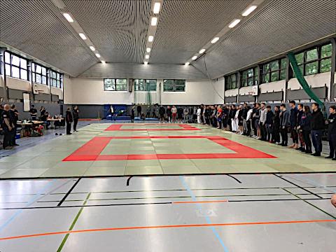 Erfolgreiche Turnierpremiere der Ju-Jutsu Abteilung des TuS Komet Arsten